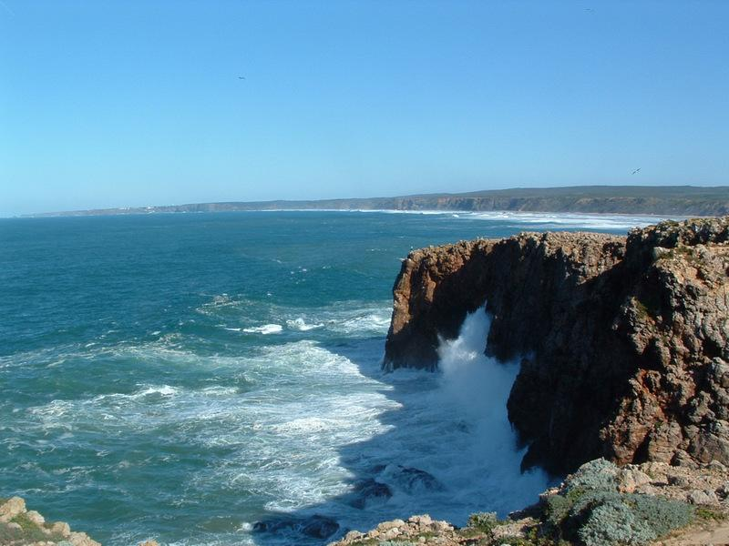 Fabulous coastline to discover if you have a car!