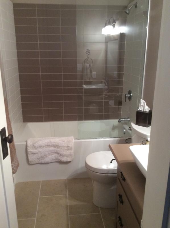 Main bathroom completely updated Jan 2105 soaker tub
