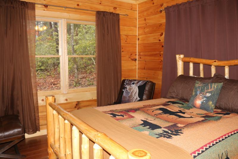 Queen size Log bed