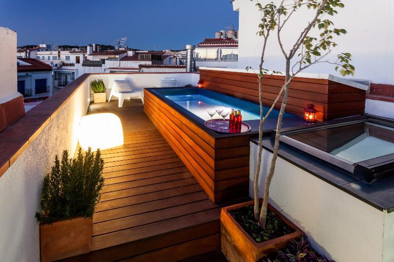 Bo&Co Apartments Dúplex  piscina y terraza - WIFI, location de vacances à Sitges