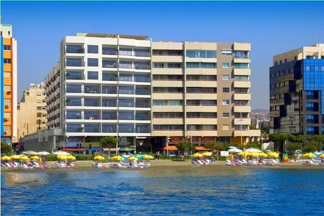 Limassol: New Seafront Apartment 3 Bedr. Pool, Gym, vacation rental in Kolossi