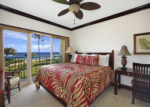 OCEANFRONT Bliss A206 2 bedroom PRIME LOCATION Resort Pool & Restaurant *AC*, location de vacances à Kauai