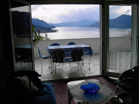 Nice apartment with terrace & Wifi, alquiler de vacaciones en Poppino