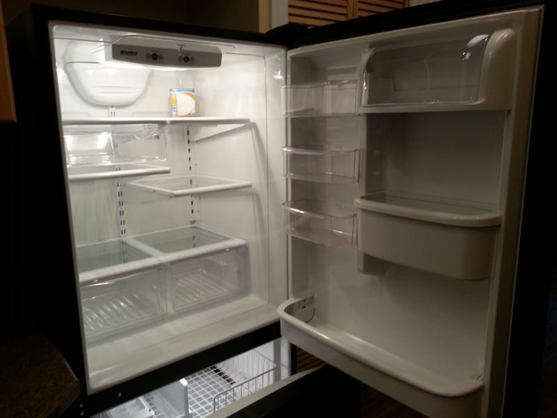 Full size fridge and feezer
