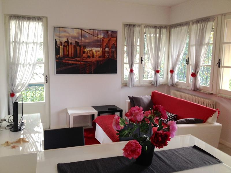 Your FamilyApartment in Sirmione, holiday rental in Sirmione