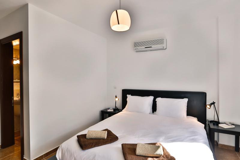 Master double bedroom with en suite shower room.