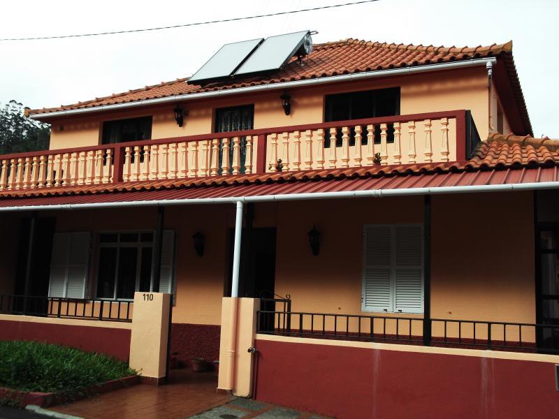 The Terrace, Casa De Lemos, vacation rental in Santo da Serra