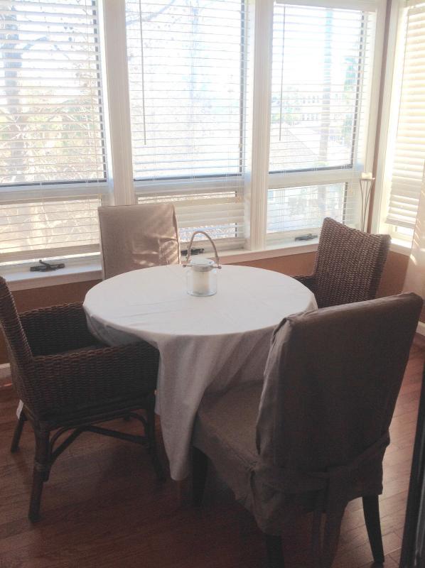 Enclosed sunroom/dining area