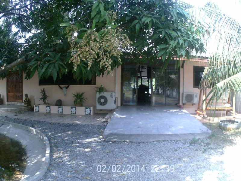villa assinee, vacation rental in Wichian Buri