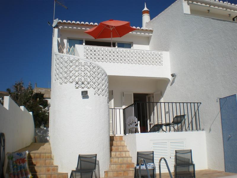 Super end villa with private pool and two minutes walk to the beach