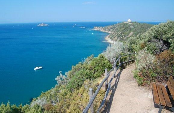 Villetta a schera panoramica a 360°, location de vacances à Punta Ala