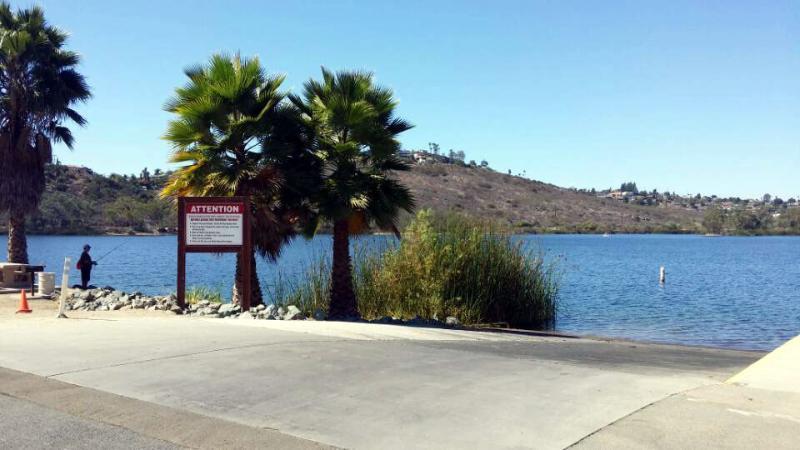 Large & Comfy 4BD/3Ba SF Ranch Home Parks FREE, location de vacances à Spring Valley