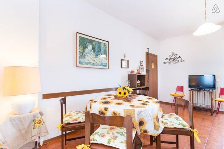 Lägenhet solrosor, i hjärtat av Montecatini, idealiskt för att besöka Tuscany