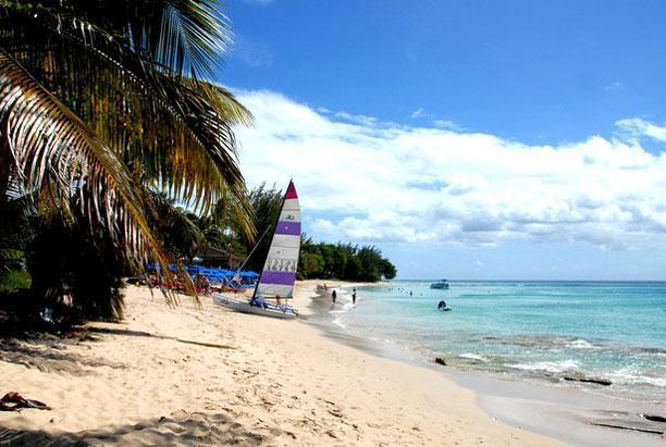 Mullins beach - a perfect swimming, sunning and watersports location.