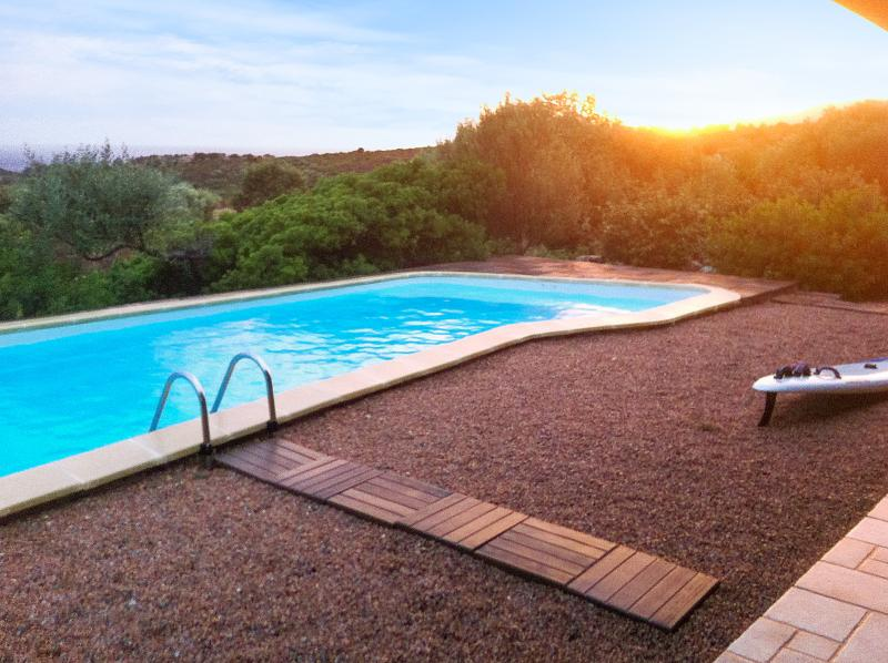 Spacious villa with swimming-pool, holiday rental in Sagone
