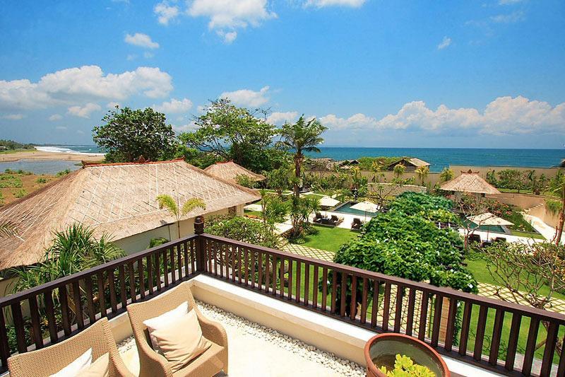 Villa Teresa beachfront 5 bedrooms
