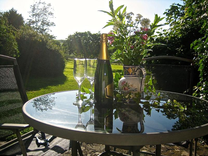 Pre-order champagne on arrival for Orchard View & Hazel Copse Cottages