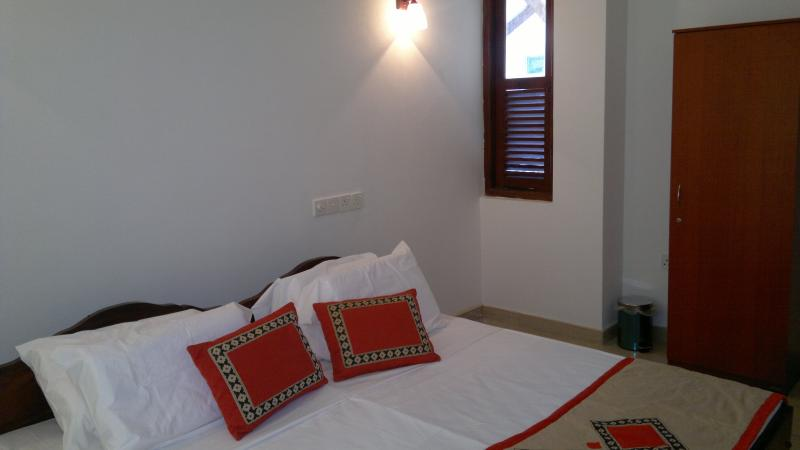 Shanthi Villa - Bentota , Aluthgama, Ferienwohnung in Moragalla