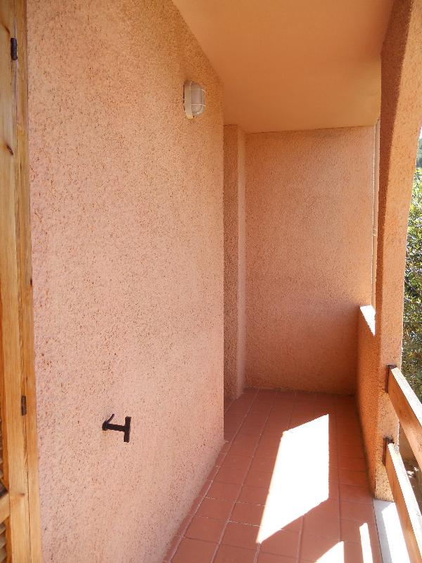 balcony (of double bedrooms)
