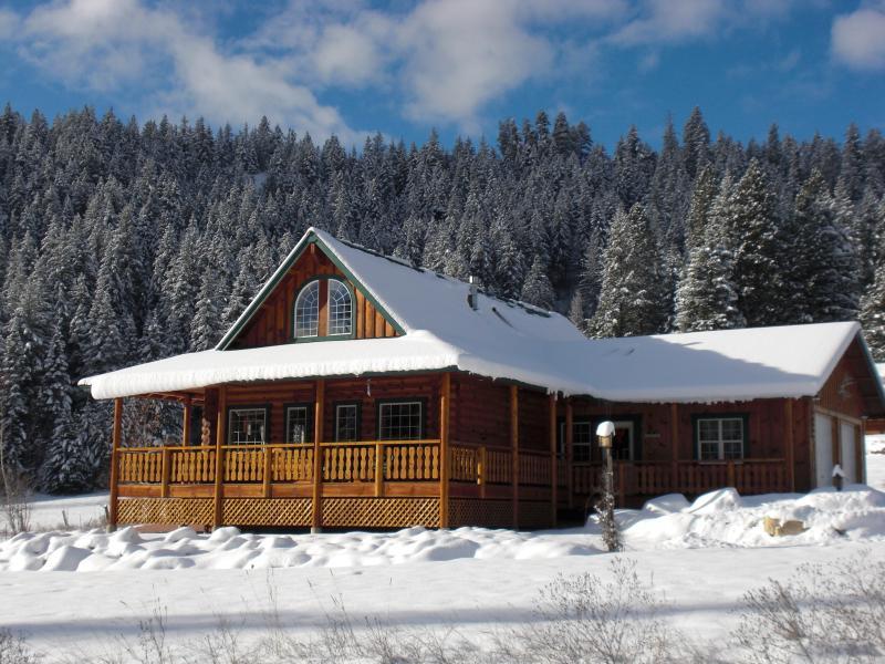 Stay in you own log home in Leavenworth's winter wonderland.