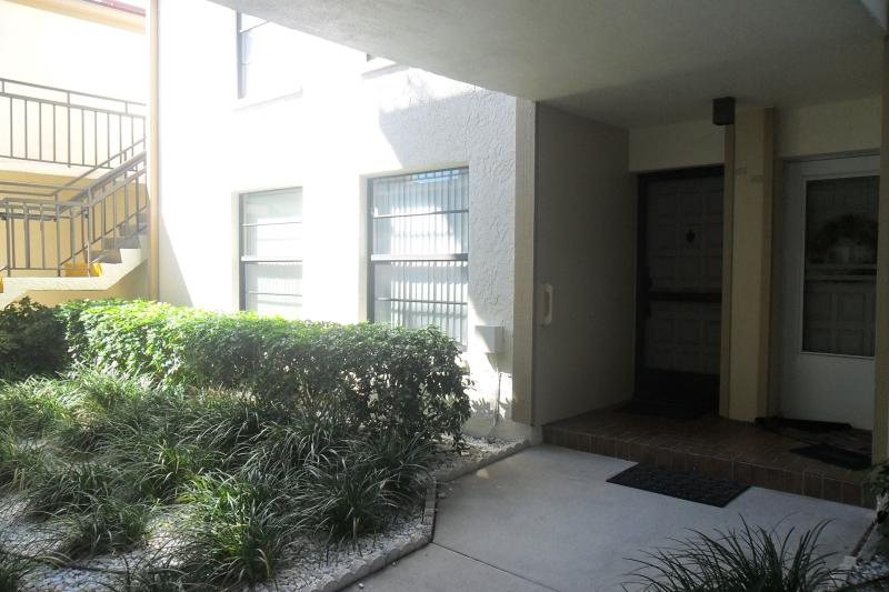 Entrance  (only step into ground floor unit)