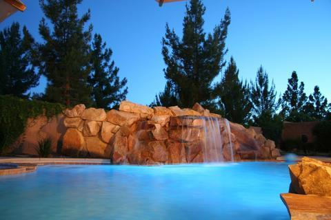 Pool Lights at Night change colors from green, to Blue to purple and white