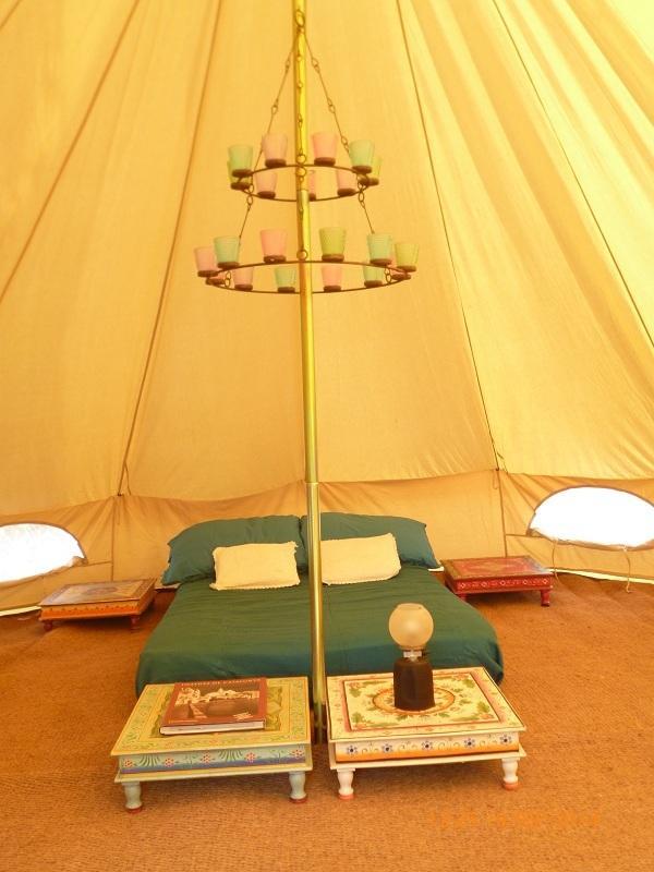 Coir matting, Egyptian cotton sheets, cotton bedding all provided..