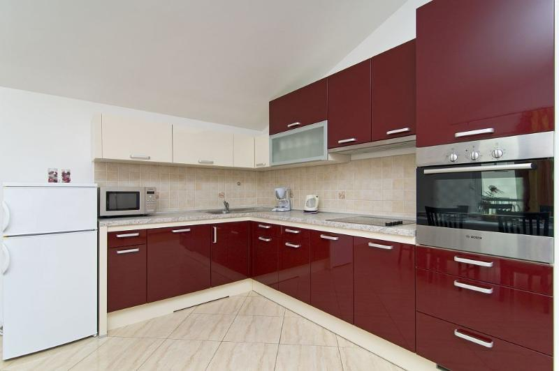 Top floor fully equipped kitchen