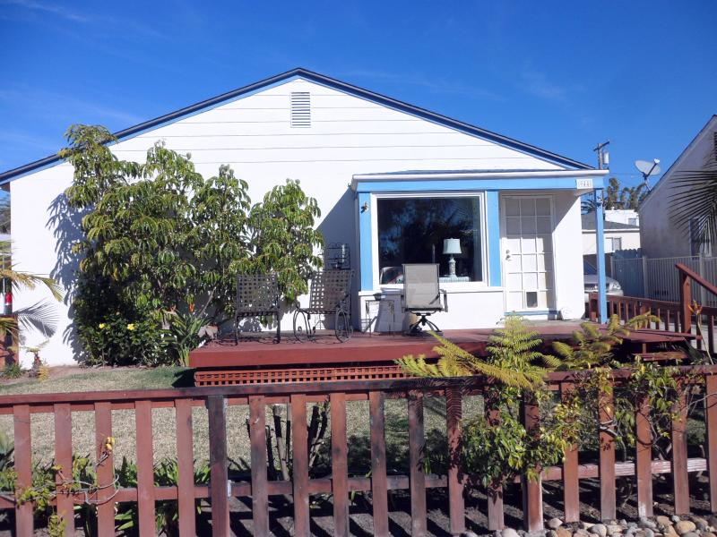 3br 2ba pacific beach cottage has cable satellite tv and waterfront rh tripadvisor com