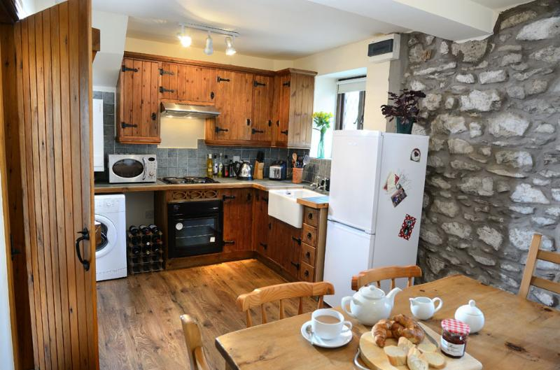 Olde Blue Bell Cottage, holiday rental in Holme