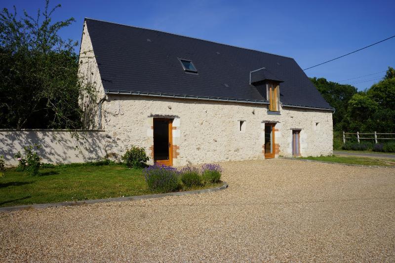 Maison de charme à la campagne La Petite Chevêche, location de vacances à Chedigny