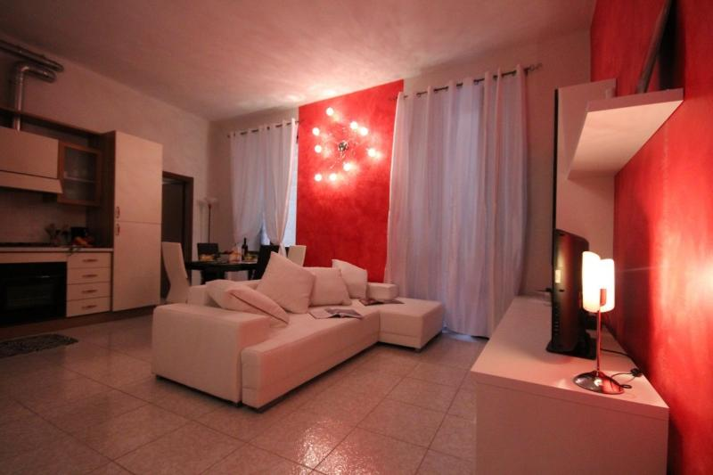 ROSE HOUSE ( centro storico Como), holiday rental in Como