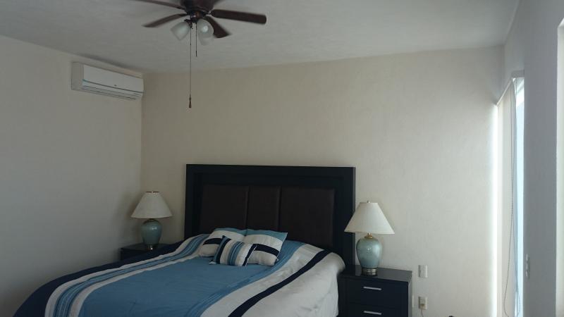 Master Suite, cama King Siza, baño privado y terraza