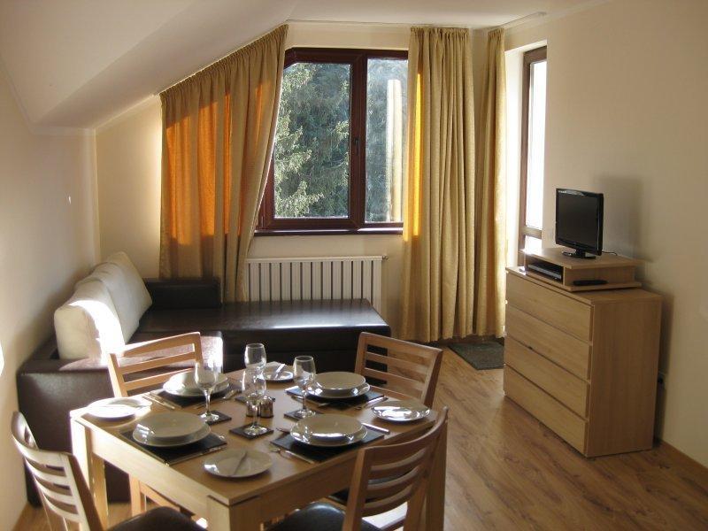 Apartamento 1 quarto, apartamento moderno, elegante. Foto: Principal sala de estar com acesso a varanda.