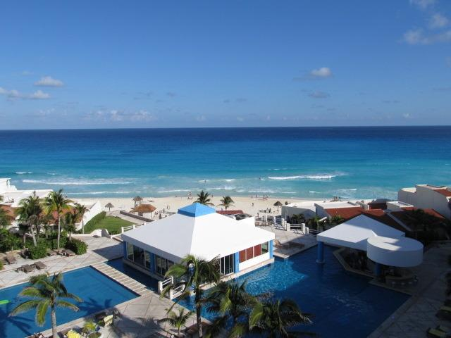 Lovely Caribbean blue ocean view from  your front balcony.