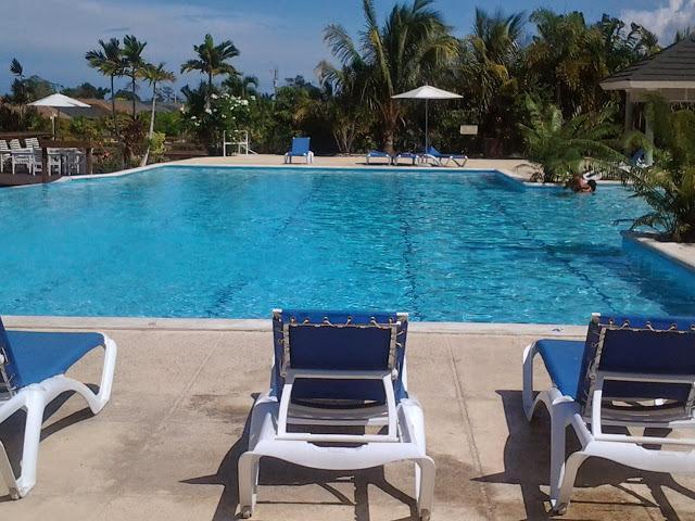 Kreations Cozy Villa - Pool/Gym/Cafe/Clubhouse/24hr Security, location de vacances à Baie de Sainte-Anne