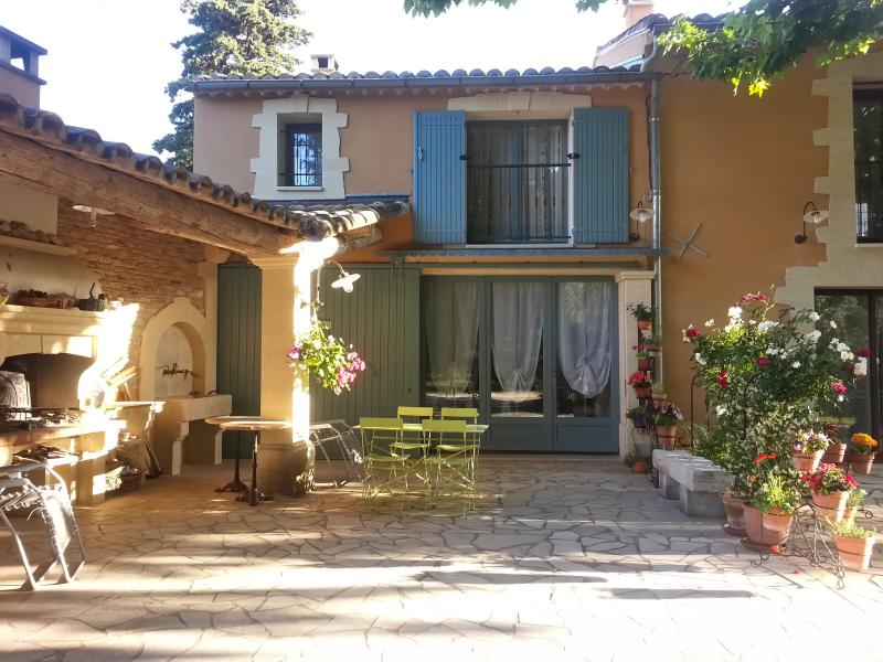 LE COIN RETRO, holiday rental in Le Thor