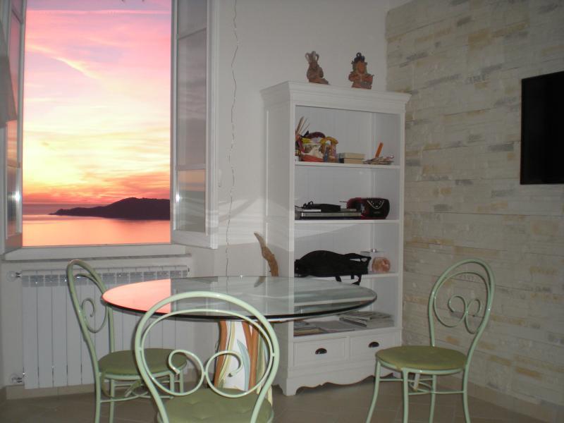 La finestra sul mare, vacation rental in Lerici