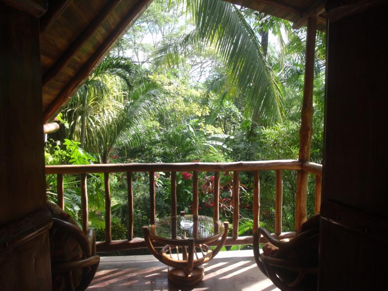 Pachamama Tropical Garden Lodge, holiday rental in Mal Pais