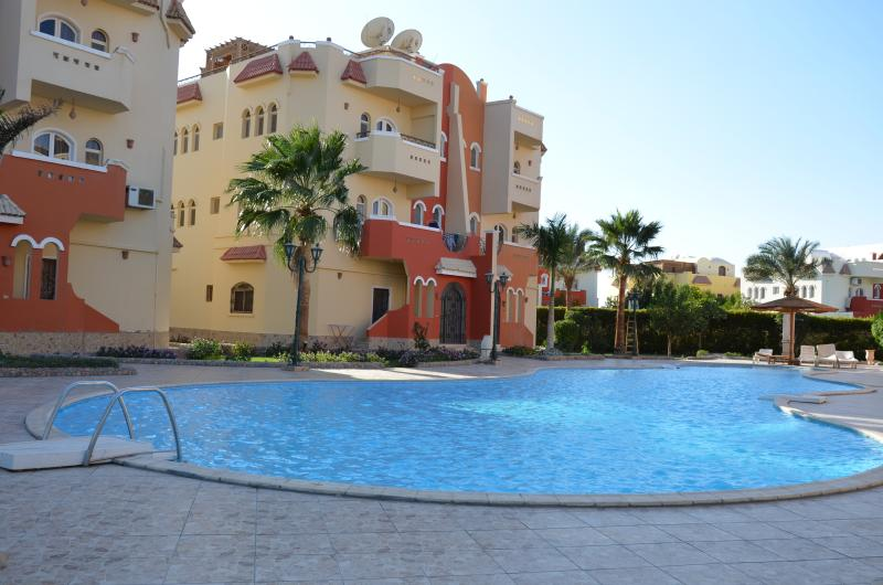 Holiday apartment with a swimming pool, vacation rental in Hurghada