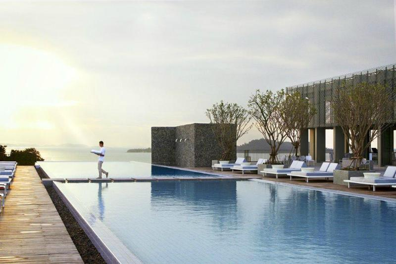 Point Yamu by Como hotel is at your fingertips 400m away