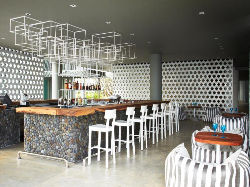For bars in Cape Yamu, look no further than Point Yamu's Aqua Bar, open daily from 9am till midnight