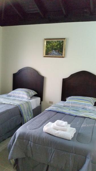 3 slaapkamer met twee bedden van de twin-en kleinbedrijf.