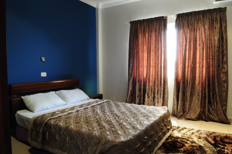 T.N. Hospitality Exec. Superior AptHotel-(3 BR), vacation rental in Greater Accra