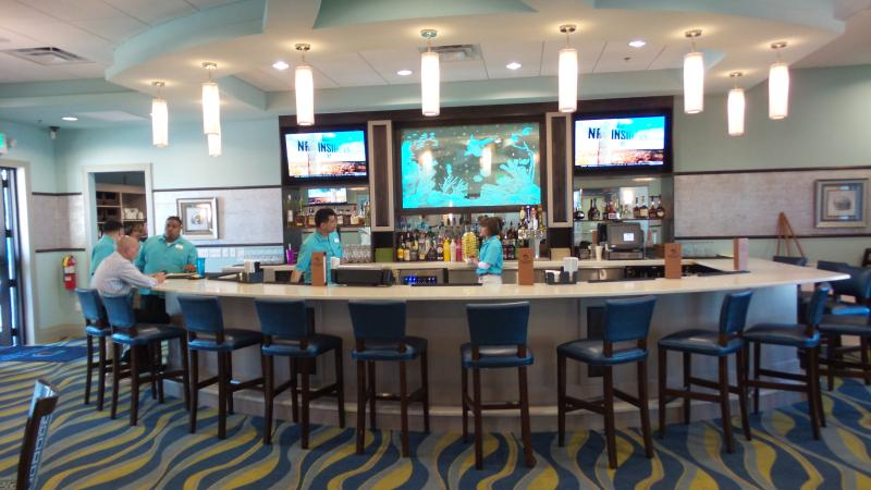 Oasis Club Bar/Restaurant
