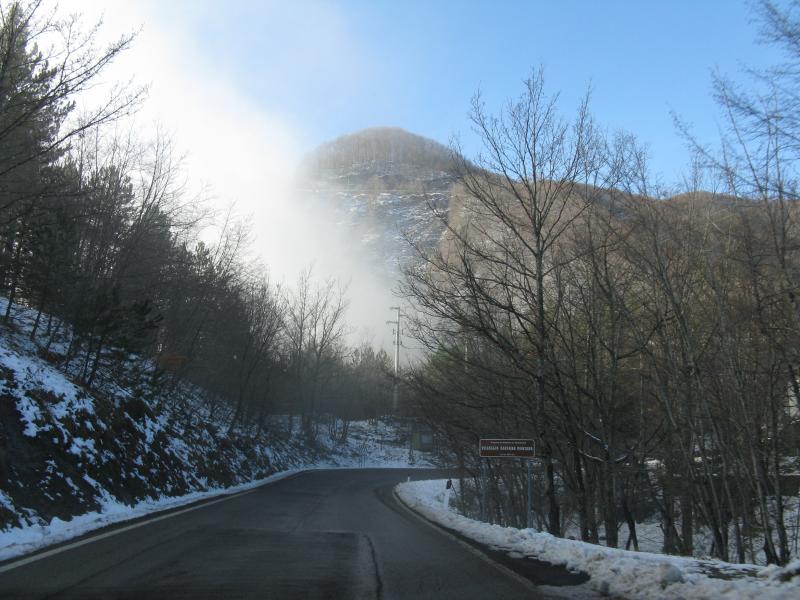 Winterfotos mit Haze auf den Passo dei mandrioli