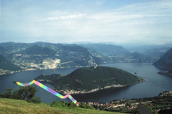 Valdimirov Yavachev Christo plans a catwalk in 2016 to join Montisola to Sulzano.