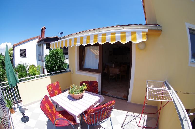 Holiday apartmnet Pineta, vacation rental in Valbandon