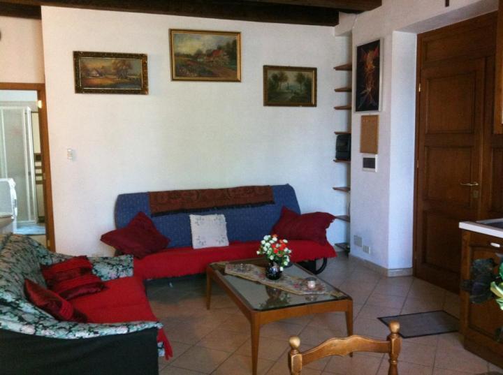 Appartamento da 50 m² a Carrara (Massa-Carrara), C, holiday rental in Carrara