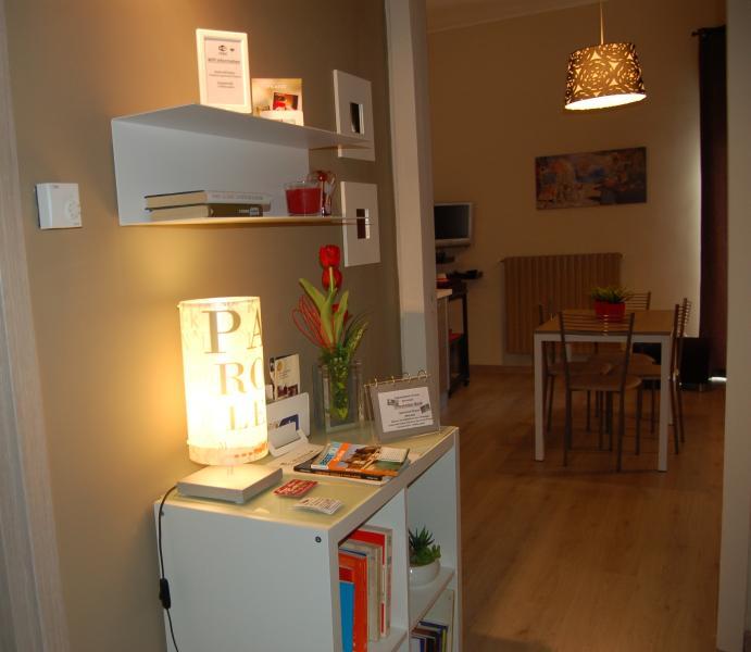 Appartamento Picasso moderno a Piazza Armerina, vacation rental in Aidone